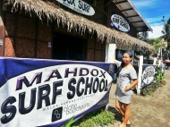 Mahdox Surf School